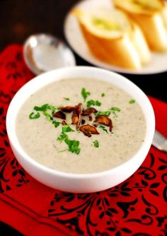 Learn how to make, simple, easy and quick mushroom soup. A rich and creamy mushroom soup made with milk, cream and button mushrooms. Easy Cream Of Mushroom Soup Recipe, Creamy Mushroom Soup, Mushroom Soup Recipes, Creamy Mushrooms, Stuffed Mushrooms, Stuffed Peppers, Making White Sauce, Soup Appetizers, Hot Soup
