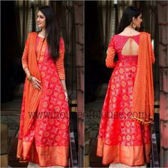 Long Dresses made out of old and Damaged Sarees Dress ma. - Long Dresses made out of old and Damaged Sarees Dress made out of saree Source by - Salwar Designs, Kurti Designs Party Wear, Saree Blouse Designs, Blouse Patterns, Long Gown Dress, Saree Dress, The Dress, Long Dresses, Long Dress Design