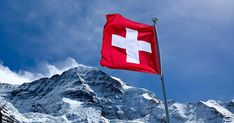 """Le géant bancaire suisse UBS craindrait de perdre des clients en ne proposant aucun instrument d'investissement en crypto-monnaies. La grande banque d'investissement suisse UBS est actuellement dans les """"premières étapes de la planification"""" pour offrir à ses riches clients certaines options pour investir dans les cryptocurrences, des sources bien informées ont déclaré à Bloomberg aujourd'hui. #banquesuisse #bitcoins #suisse #suisseUBS Blockchain, Swiss Flag, Swiss Bank, Crypto Money, Investment Group, Fortune, Cryptocurrency Trading, Client, Ubs"""