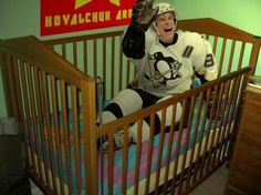 """Bruins-Penguins: Best Sidney """"Crybaby"""" Crosby MEME's (PHOTOS) He's a good player but I agree with this Caps Hockey, Flyers Hockey, Boston Bruins Hockey, Blackhawks Hockey, Hockey Games, Hockey Baby, Ice Hockey, Funny Hockey Memes, Hockey Quotes"""