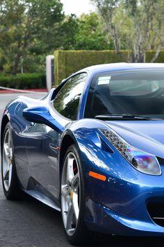 Exquisite Blue Ferrari 458 Italia - click on the beauty to win cash prizes