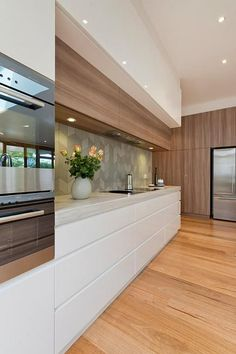 Check out this Modern kitchen designs add a unique touch of elegance and class to a home. Check out the best ideas special for you… The post Modern kitchen designs add a unique touch of elegance and class to a home. Check… appeared first on Home Decor . Luxury Kitchen Design, Design Your Kitchen, Luxury Kitchens, Modern House Design, Cool Kitchens, Small Kitchens, Kitchen Layout, Dream Kitchens, Kitchen Colors
