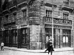 El Banco de Valencia en la calle de la Paz esquina Ruiz de Lihory en 1909