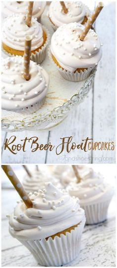 Do you enjoy the taste of root beer? Then you're going to love these Root Beer Float Cupcakes. Root Beer flavored cupcake topped with root beer fluff perfect for satisfying any sweet tooth. Köstliche Desserts, Delicious Desserts, Dessert Recipes, Unique Desserts, Unique Cupcake Recipes, Plated Desserts, Yummy Treats, Sweet Treats, Cupcake Recipes From Scratch