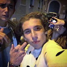 Big family in champagne... @diego_chiari @trombinichiara #girl #design #instagram #instacool #igfamous #instacool #igfamous #instabest #igers #apple #paradise #perfection #polverebianca #cocaine #millionaire #rich #royalgirl #gangster #gentleman #alcool #success #swag #experience #extraordinary #instaepic #thinline #thinking #tourbillon by lorenzobricchetti