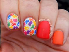 We love this Jelly Belly jelly bean inspired nail art!