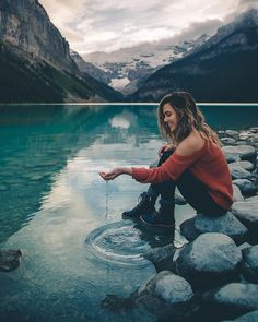 Ideas for travel inspiration photography nature bucket lists Photos Tumblr, Ft Tumblr, Girl Photography Poses, Nature Photography, Travel Photography, Bath Photography, Adventure Photography, Travel Pictures, Travel Photos