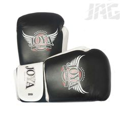 [JOYA PRO-LINE PU] The perfect glove for those starting out in mixed martial arts, this glove is made from high quality synthetic leather, fully padded along the knuckles and in the palm.  The interior is made with a sweat wicking lining and a air mesh cooling system keeping your hands as dry as possible while working out. Mma Hoodies, Mma T Shirts, Mma Gloves, Cooling System, Martial Artist, Mixed Martial Arts, Palm, Mesh, Hands