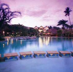 Outrigger_on_the_Lagoon_Fiji_1208_1_cte.jpg (500×495)