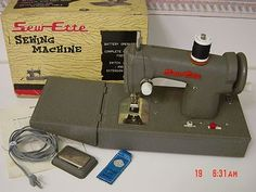 Vintage Japan Sewette Sew ette Metal Sewing Machine Toy Box Battery Operated
