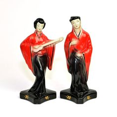 #Vintage #Antique #Sebring #Pottery #Japanese #Figurines - Tall #Art #Deco Statues of Man & Woman #Geisha in Traditional #Japan #Clothing #Robes by OneRustyNail on #Etsy