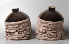 Gregorio Peño Velasco, born in 1983. His pottery expresses a contrast between geometric and organic shapes.
