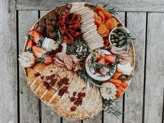 Delish grazing with cheese and fresh produce In Season Produce, Lush, Catering, How To Memorize Things, Cheese, Catering Business, Food Court