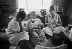 I love seeing these candid picture of the Classic Hollywood stars! James Dean, Elizabeth Taylor