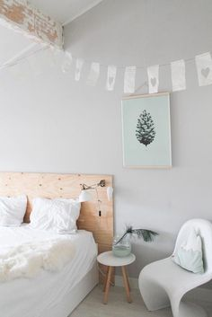 Do You Like An Ideas For Scandinavian Bedroom In Your Home? If you want to have An Amazing Scandinavian Bedroom Design Ideas in your home. Nordic Bedroom, Scandinavian Bedroom, Home Bedroom, Girls Bedroom, Bedroom Decor, Scandinavian Style, Bedroom Ideas, Big Bedrooms, Awesome Bedrooms