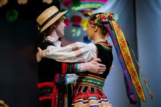 Quick overview of folk costumes from Poland (warning: picture-heavy) – Lamus Dworski Costumes Around The World, Mardi Gras Parade, Folk Clothing, Beautiful Costumes, New Star, Folk Costume, Ethnic Fashion, Traditional Outfits, Folklore