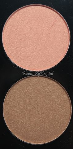 Palette le tout en un (#71446) http://www.eyeslipsface.fr/produit-beaute/set-poudre-contouring-gloss---edition-noel