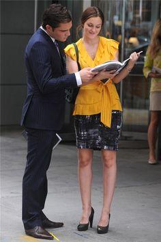 La blusa mostaza: Leighton Meester