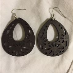 Dark brown earrings Worn once, good condition. Jewelry Earrings