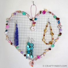 heart-shaped wire (hardware cloth) jewelry holder by craftynest, via Flickr