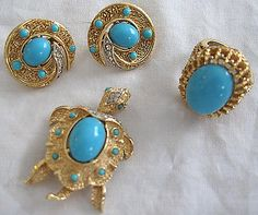 Trifari Set Turtle Brooch Clip Earrings Ring Faux Turquoise Cabochon Rhinestone