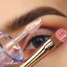 Eyeliner is one of the best type of eye makeup that helps to enhance your eyes and make it look more beautiful. By applying eyeliner you can accentuate your eyes…View Post Makeup 101, Makeup Goals, Makeup Inspo, Makeup Inspiration, Beauty Makeup, Makeup Hacks, Beauty Care, Beauty Tips, Contour Makeup