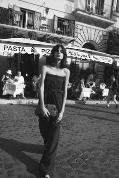 'The Italian Job' featured in our February 2017 issue. Photographed by Stefania Paparelli and styled by Emma Kalfus. The Italian Job, Body M, Most Beautiful People, Elle Magazine, Job S, Rome Italy, Beautiful Outfits, Editorial Fashion, Strapless Dress