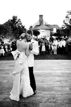 **RECREATE**Love the dance floor | Her Bow | First Dance | Husband & Wife | So sweet