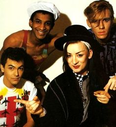 Culture Club are an English pop band that were formed in The band comprised Boy George (lead vocals), Mikey Craig (bass guitar), Roy Hay (guitar and keyboards) and Jon Moss (drums and percussion). Boy George, Culture Club, Pop Culture, Culture Travel, 80s Musik, Pop Internacional, What Is Culture, Teaching Culture, Culture Quotes