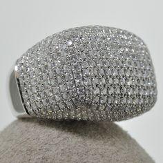 Gorgeous 4.45 Ct. T.W. Diamond ring