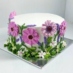 cakes, etcetera:  made 'em yummy, personalised & pretty saujana utama sgbuloh/ bdr hillpark puncak alam 012.283.7194