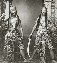 Javanese Actors (1300s H Photograph; Kingdom of Netherlands, Dutch East Indies, Java) #Indonesia #Jawa