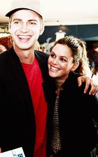 Hayden Christensen & Rachel Bilson ♥