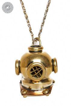 Maritime Navy Diving Antique Finish Brass Diver Helmet Necklace Pendant Charm