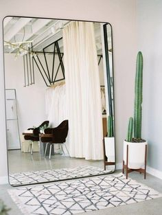 4 Exciting Tips AND Tricks: Simple Natural Home Decor Branches natural home decor inspiration texture.Natural Home Decor Apartment Therapy natural home decor rustic chandeliers.Natural Home Decor Inspiration Living Rooms. Interior Design Minimalist, Minimalist Bedroom, Modern Bedroom, Contemporary Bedroom, Minimalist Apartment, Minimalist Decor, Trendy Bedroom, Minimalist Living, Modern Minimalist