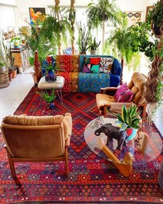 In case you're an inventive soul loaded up with hunger for new experiences and huge dreams, boho chic style furniture likely shouts to you. Bohemian Porch, Bohemian Living, Bohemian Decor, Bohemian Style, Bohemian Lifestyle, Boho Chic, Bohemian Furniture, Bohemian Interior, Design Marocain