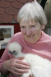 Therapie-Tiere für demenzkranke Menschen| Bodelschwinghsche Stiftungen Bethel