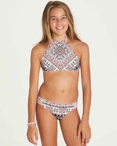 Girls' Stay 4 Ever High Neck Set Reversible Bikini 828570223939 High Neck Bikini Set, Billabong Girls, Preteen Girls Fashion, Swim Sets, Kids Swimwear, Young Fashion, Bikini Girls, Girl Outfits, Moon