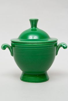 Vintage Fiesta Medium Green Sugar Bowl  Fiestaware Pottery Vase: Gift, Rare, Hard to Find, Buy Onlline Now, American Antique Pottery
