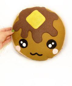 BIG Pancake Kawaii plushie - 12 Inch diameter    KEWWWWTTT please someone get me plushies