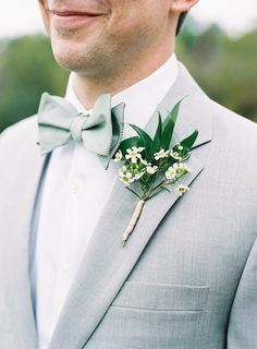 Floral-Filled Yew Dell Gardens Wedding Delicate Greenery Boutonniere with Grey Suit and Slate Bow Tie // groom, groomsmen, wedding partyDelicate Greenery Boutonniere with Grey Suit and Slate Bow Tie // groom, groomsmen, wedding party Bow Tie Wedding, Tuxedo Wedding, Wedding Groom, Wedding Pics, Wedding Unique, Gothic Wedding, Wedding Venues, Wedding Dresses, Wedding Blush