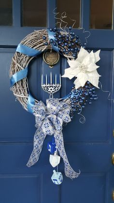 Hanukkah Crafts, Feliz Hanukkah, Jewish Crafts, Hanukkah Decorations, Hanukkah Menorah, Christmas Hanukkah, Hannukah, Happy Hanukkah, Holiday Crafts
