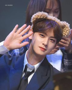 Channel V, Cha Eunwoo Astro, Astro Fandom Name, Lol League Of Legends, Cha Eun Woo, Fans Cafe, Kpop, Korean Artist