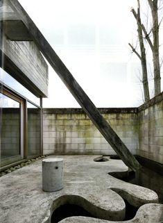 Juliaan Lampens - House Velghe-Vanderlinden, Deinze 2002. Scans from here, photos © Filip Dujardin.