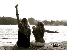 i want to take pictures like this with my best friend this summer.