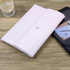 Don't spend $40+ on a case for your tablet - make one! Perfect for the crafty tech-lover.
