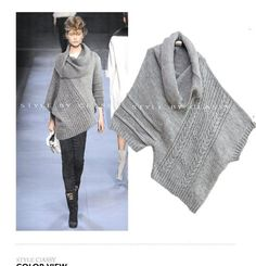 off-centre pullover. combine some sweaters? So pretty Crochet Clothes, Diy Clothes, Vetements Shoes, Knitted Poncho, Poncho Sweater, Knit Fashion, Knitting Designs, Refashion, Hand Knitting
