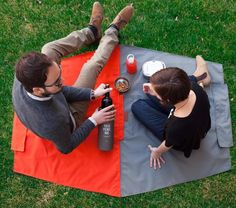 Fabulous portable picnic blanket that folds into its own tote bag for carrying all those treats.