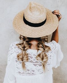 fashion style beauty blogging ootd dress glam fashionable beauty hair makeup stylin black and white stylin potd potw wander minimalist classy boho jewels jewelry accessories shoes bags and purses fabulous modern trend outfit wear who what street style fre
