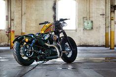 Harley-Davidson Sportster Forty-Eight Motorcycle Icon, Motorcycle Paint Jobs, Bobber Motorcycle, Sportster Cafe Racer, Hd Sportster, Custom Bobber, Custom Harleys, Custom Bikes, Hd Motorcycles